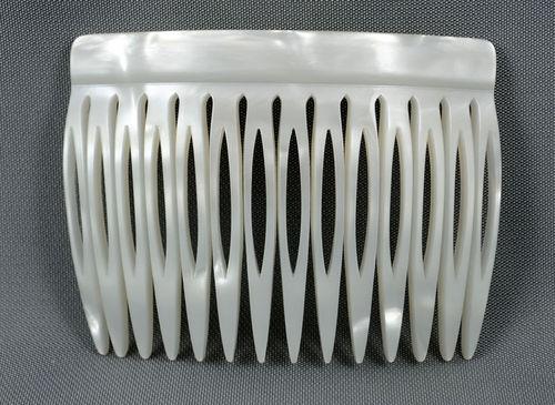 Einsteckkamm perlmutt-weiß - 7 cm