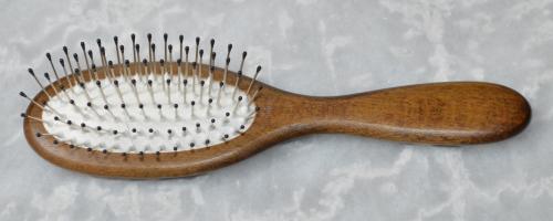 Haarbürste Buchenholz nussbraun 18,5 x 4,8 cm